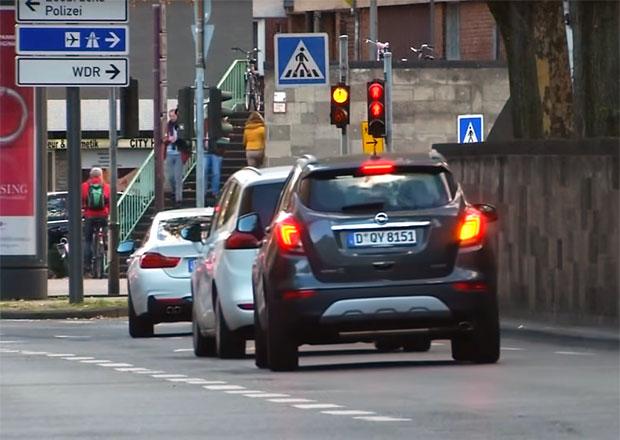 Zákaz jízdy pro dieselová auta bude i v Kolíně nad Rýnem a Bonnu
