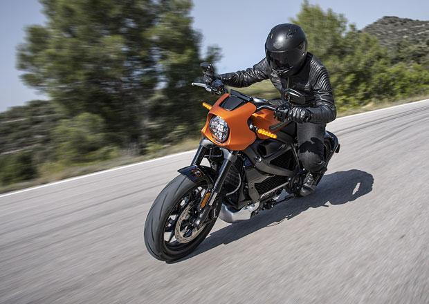 Tomu se říká revoluce! Elektrický Harley-Davidson LiveWire v sériové podobě