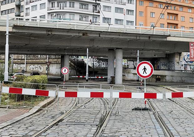 Praha nechá připravit návrh postupu ohledně mostu na Vltavské