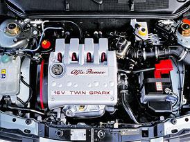 Motor Alfa Romeo Twin Spark 16V: Jízdně nejlepší čtyřválec pohřbily jeho vrtochy