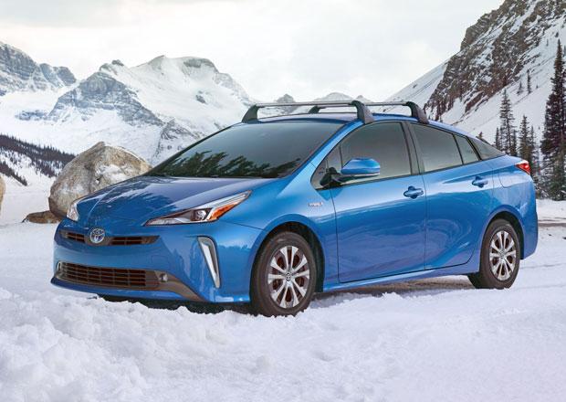 Toyota Prius dostane pohon všech kol! Kolik vůz ukrývá elektromotorů?