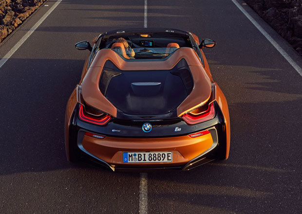 BMW zvažuje, že ve znečištěných městech vypne plug-in hybridům spalovací motor