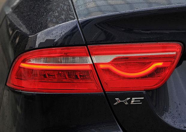 Jaguar XE se chystá na facelift. Co můžeme očekávat?