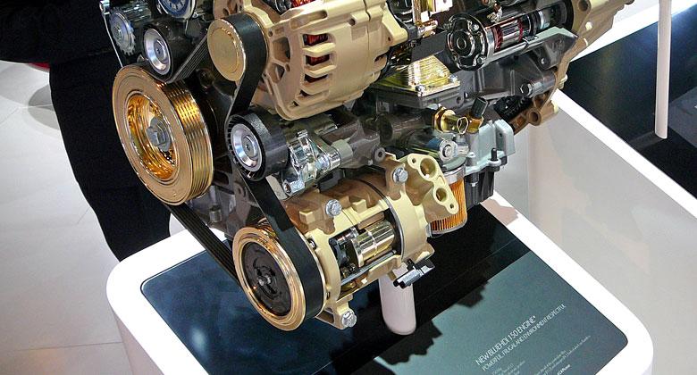 Pohon příslušenství motoru: Co se stane, když selže klínový řemen?