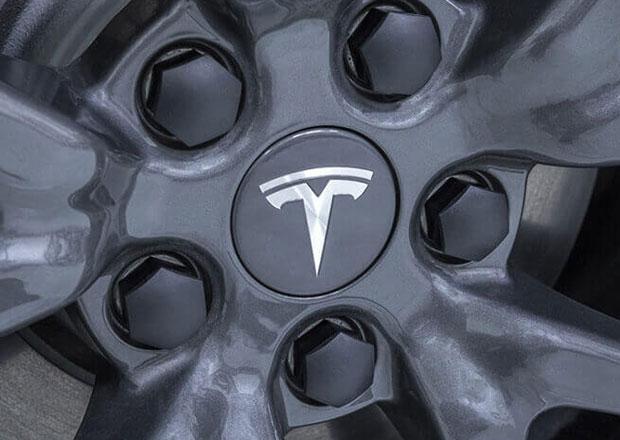 Tesla zvýšila odbyt na rekord, zaostal však za očekáváním