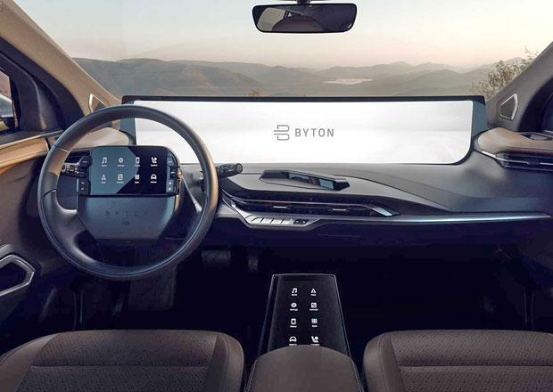 Byton M-Byte ukazuje finální verzi interiéru. Do sériové výroby zamíří s displejem na volantu