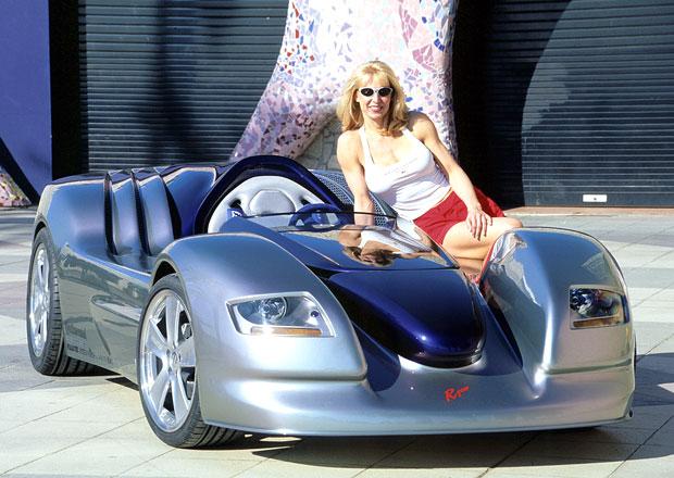 Rinspeed Rone byl v roce 2001 nejnižším autem světa a uměl jezdit na trávu!
