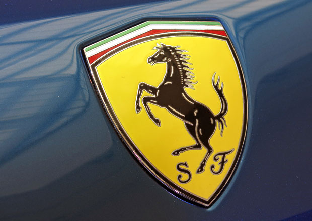 Zisk automobilky Ferrari loni stoupl o 48 procent