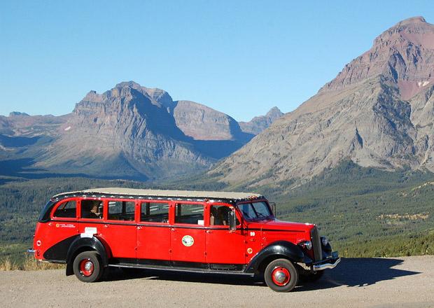 Klasické americké autobusy Red Jammers dostanou hybridní pohon