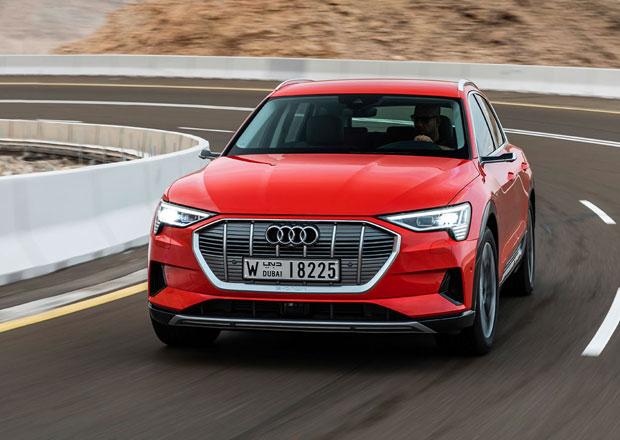 Audi e-tron konečně odhalilo český ceník. Kolik elektrické SUV stojí bez zrcátek?