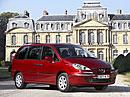 Peugeot 807: jemné retuše a k tomu 2.2 HDI FAP (125 kW)