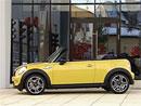 Video: MINI Cooper S Cabrio – Malý čtyřmístný kabriolet