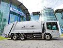 Popelářský vůz Mercedes-Benz Econic CNG míří na singapurské ulice