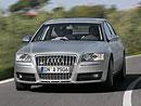 Audi S8: oficiální video sportovně-luxusního sedanu
