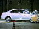 5 hvězd v EuroNCAP - Toyota Avensis a Peugeot 807 !