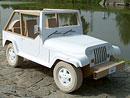Kuriozita: Jeep na léto z lepenky