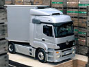 Mercedes přijde na trh s Axorem