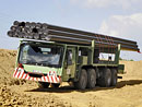 Mercedes-Benz Actros 4141 AK 8x8: Speciální transportér potrubí