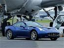 Ferrari na Le Bourget: Jen létání je krásnější? (video)