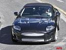 Spy Photos: Jaguar XE na silnici