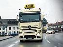 Video: Tahač Mercedes-Benz Actros v roli taxíku