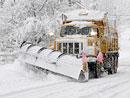 ADAC radí: Jak předjíždět sněžný pluh