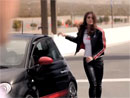 Fiat 500 Abarth a modelka Catrinel Menghia opět spolu (4x video)