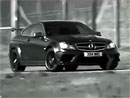 Mercedes-Benz C 63 AMG Black Series na nov�m videu: drifty a brut�ln� zvuk osmiv�lce