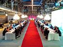 Rolls-Royce pozval zákazníky na večeři – do výrobní haly!