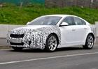 Spy Photos: Opel Insignia OPC mo�n� pos�l� a� na 400 kon�