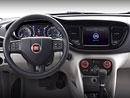 Čínský Fiat Viaggio ukazuje interiér