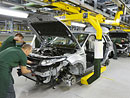 Kvůli zájmu o Evoque zavádí Land Rover třetí směnu