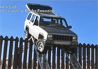 Video: S hraniční zdí si neporadí ani Jeep Cherokee