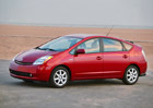 Toyota svol�v� do servisu 2,8 milionu voz�, v�etn� Prius�