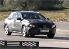 Mercedes GLA na novém videu a pěkně zblízka