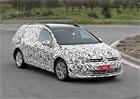 Nový VW Golf Variant zachycen na špionážním videu