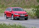 Volkswagen znovu omezuje výrobu Passatů