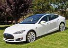 NY Times kritizuje krátký dojezd Tesly Model S, výrobce to odmítá