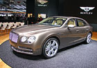 Prvn� statick� dojmy: Bentley Flying Spur je auto, kancel�� i luxusn� ob�v�k v jednom