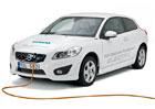 Volvo zrychl� dob�jen� elektromobilu o 80 %