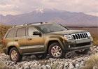 Jeepy Grand Cherokee míří do servisu kvůli riziku samovolného rozjetí