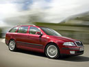 Jaký byl automobilový rok 2004?