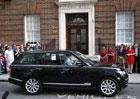 Video: Nejmladší britský princ už jezdí v Range Roveru