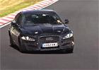 Jaguar na Nürburgringu testuje nový čtyřválec (video)