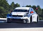 Sébastien Loeb se prohání v Citroënu C-Elysée WTCC