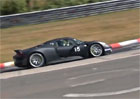 Video: Poslechněte si Porsche 918 Spyder řádící na Severní smyčce