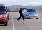Autonomní Nissan Leaf: Vezli jsme se autem, které nepotřebuje řidiče