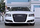 Reklamy, které stojí za to: Audi A8 a varování před natankováním nafty