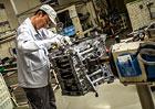 Nissan: Takumi jsou mistry ruční výroby motoru pro GT-R (video)