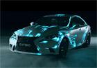 Video: Lexus IS Hybrid na virtuální světelné trati